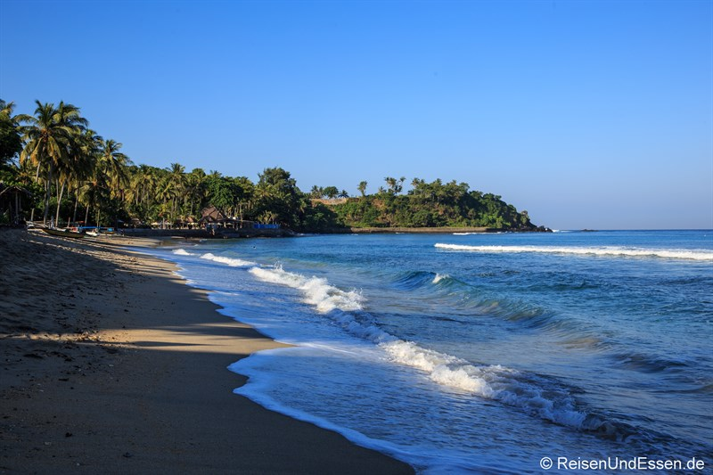 Strand beim Sudamala Suites & Villas