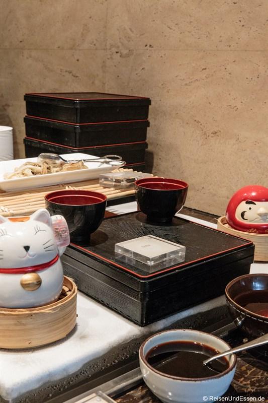 Japanisches Frühstück im Signature Restaurant Kempinski