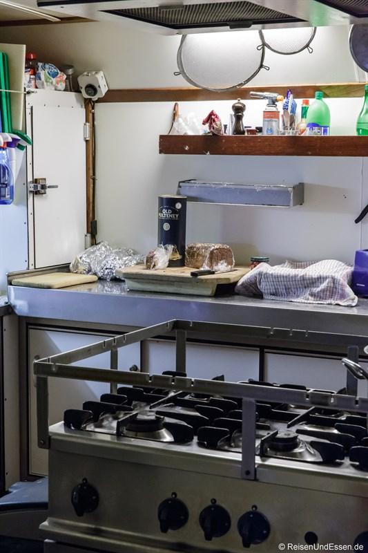 Küche auf der Barkentine Thalassa
