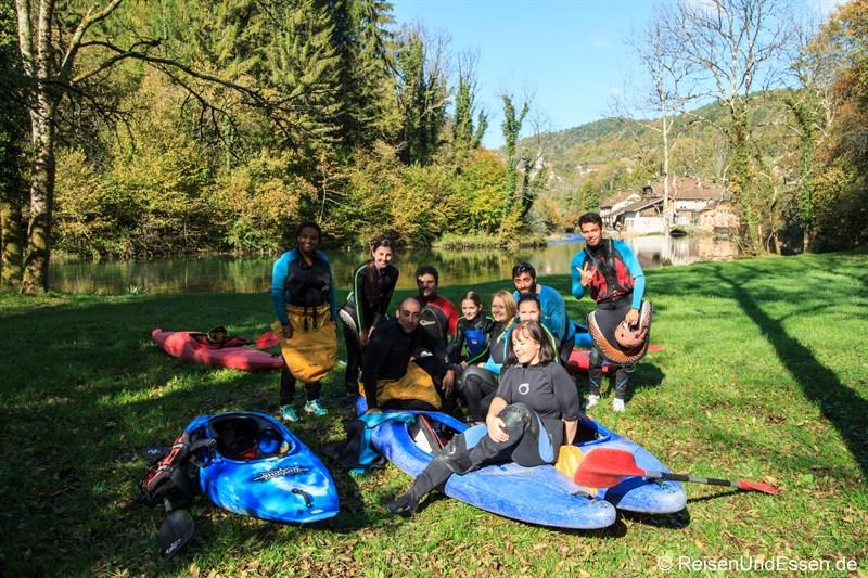 Studenten aus Mainz am Oberlauf der Loue