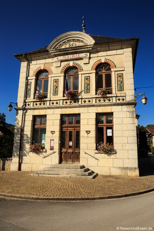 Mairie (Bürgermeisteramt) in Mouthier-Haute-Pierre