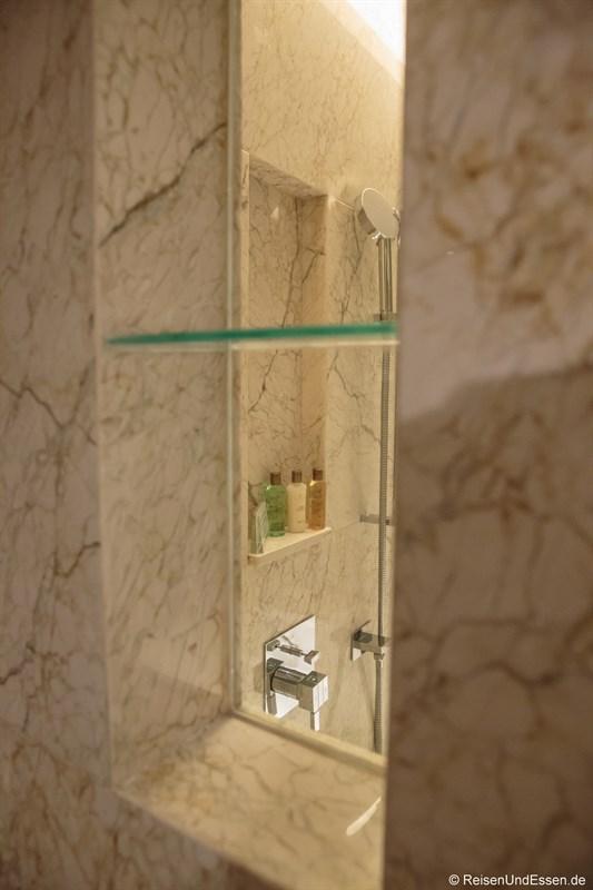Dusche im Luxus Zimmer