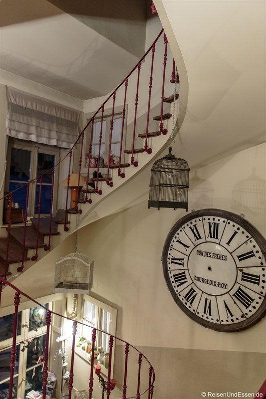 Treppe im Le Jardin de Gustave in Ornans