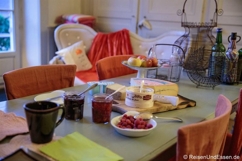 Frühstück im Le Jardin de Gustave in Ornans
