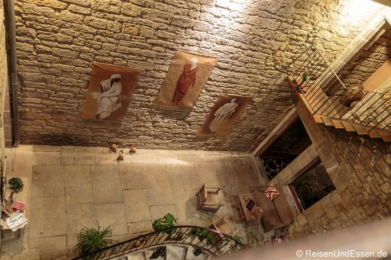 Essen und Schlafen in Arbois - Closerie les Capucines in Arbois
