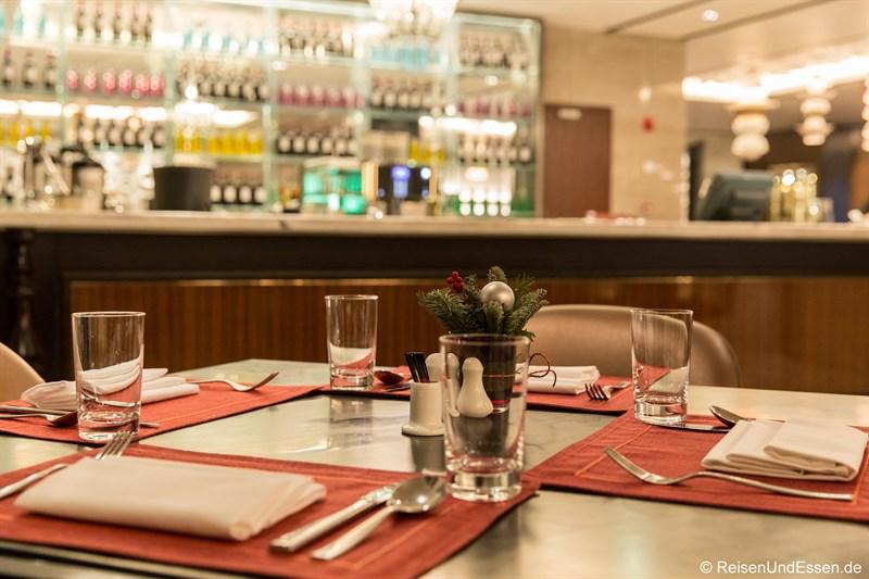 Tisch im Restaurant Elements im Sunrise Kempinski