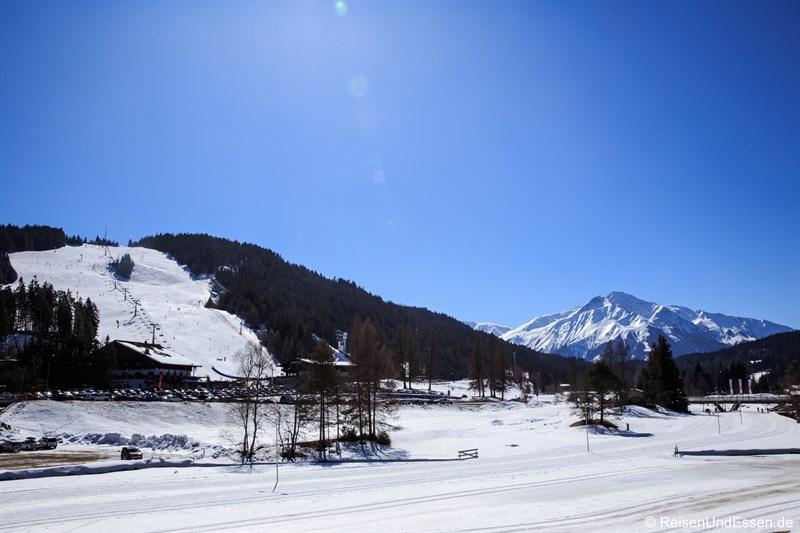 Blick auf das Skigebiet Gschwandtkopf