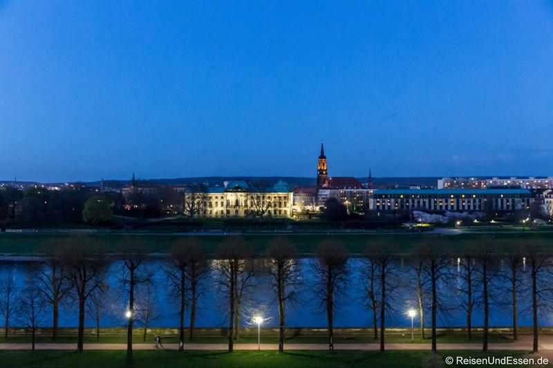 Aussicht vom Superior Zimmer auf Elbe