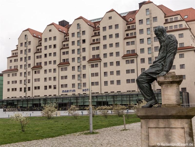 Maritim Hotel Dresden von der Elbe