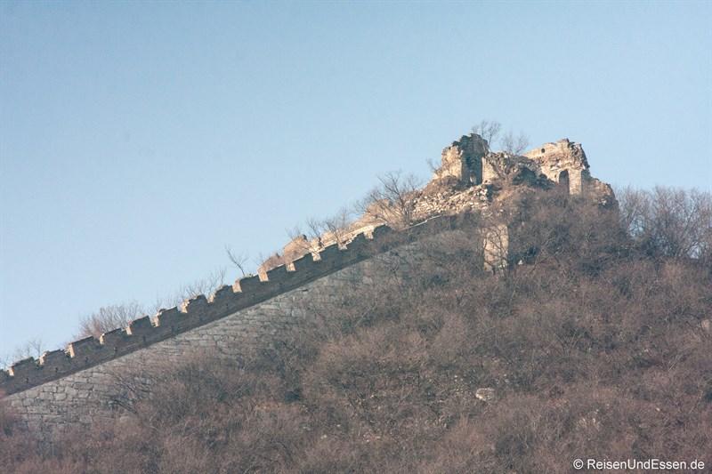 Verfallener Wachturm der chinesischen Mauer