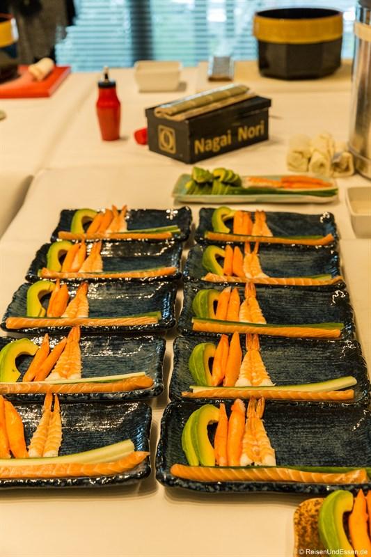 Vorbereitungen für Sushi Kurs