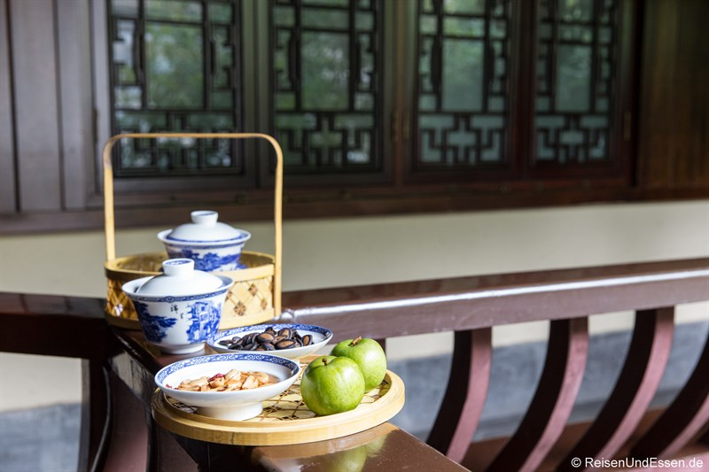 Teepause im Hotel in Chengdu