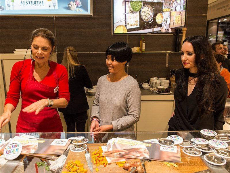 Kochen mit Sarah Wiener im Alstertal Einkaufszentrum Hamburg