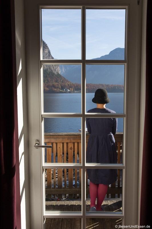 Aussicht von der Junior Suite auf den Hallstätter See