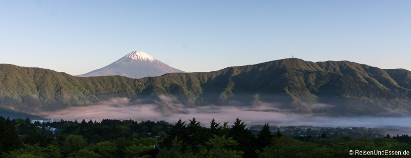 Sonnenaufgang am Vulkan Fuji um 05:15
