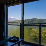 Traditionelles japanisches Zimmer mit Aussicht auf Fuji in Japan