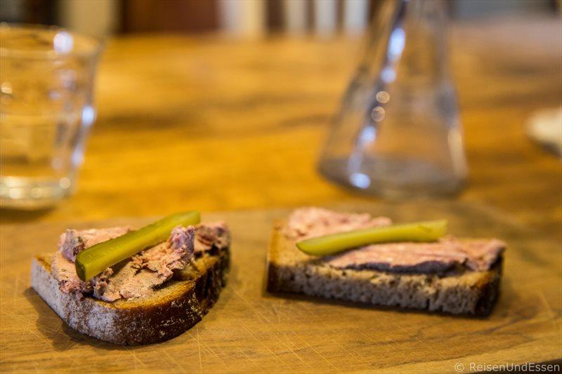 Leberwurst im Laden Vom Einfachen das Gute - Kulinarische Tour durch Berlin