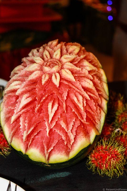 Wassermelone und Rambutan beim Weihnachtsdinner im Orchidacea Resort auf Phuket