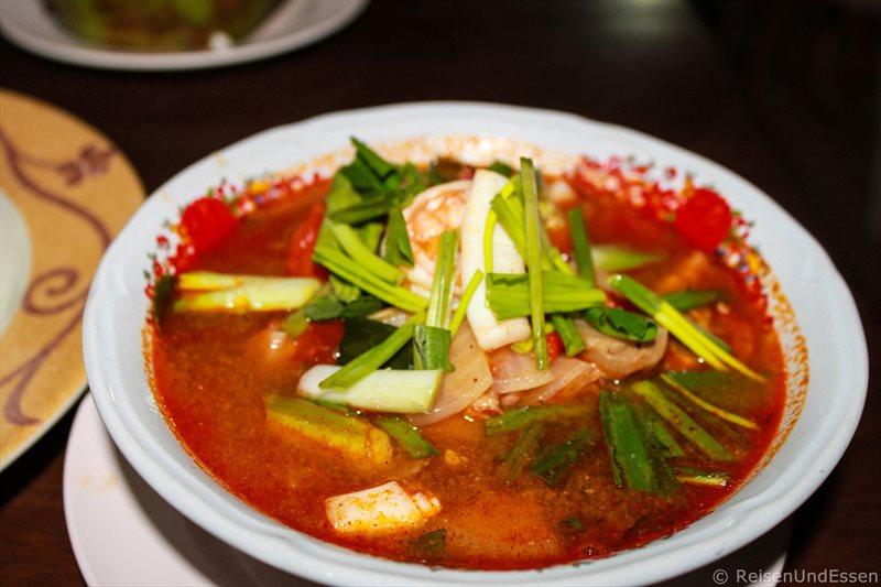 Tom Yam Gung im Restaurant