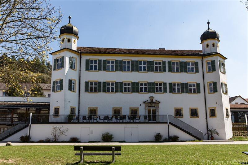 Schloss in Pfünz im Naturpark Altmühltal