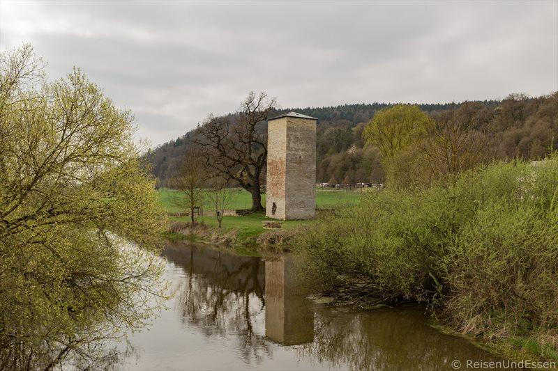 Auf den Spuren der Römer im Naturpark Altmühltal - Hungerturm in Rieshofen