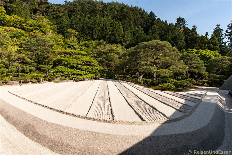 Muster mit Sand im Ginkaku-ji