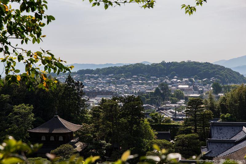 Blick auf Kyoto von Ginkaku-ji