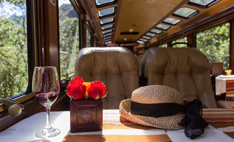 Zug von Inca Rail nach Machu Picchu