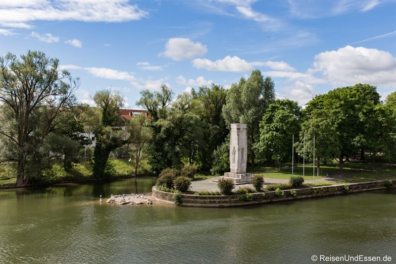 Donauinsel in Ulm - Der Schwal