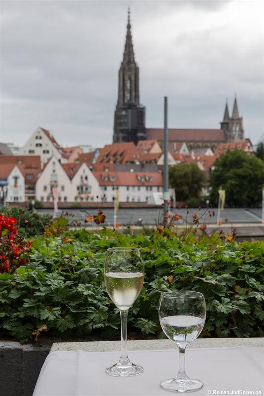 Blick von der Terrasse im Hotel Golden Tulip