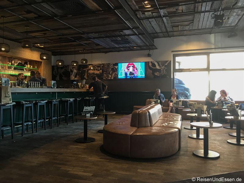 Burgergrill, Steakhouse und Bar QMUH in Ulm