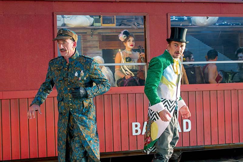 Nibelungen Festspiele in Worms - Szene bei GLUT mit Hauptmann Stein und Leutnant klein (Foto: David Baltzer)