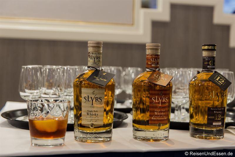 Auswahl an Slyrs Whisky zum Whisky-Menü im Restaurant Wintergarten