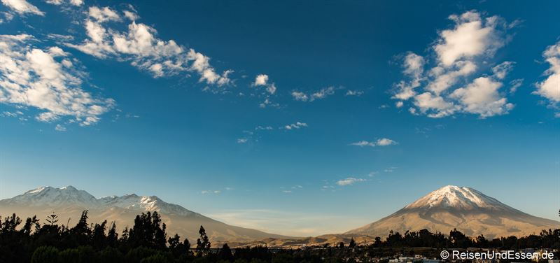 Blick auf den Vulkan Misti von Arequipa