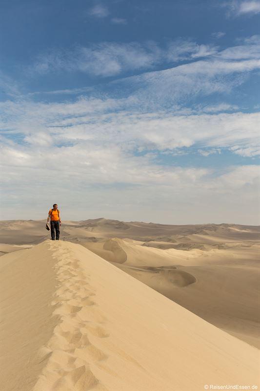 Auf dem Gipfel einer Sanddüne