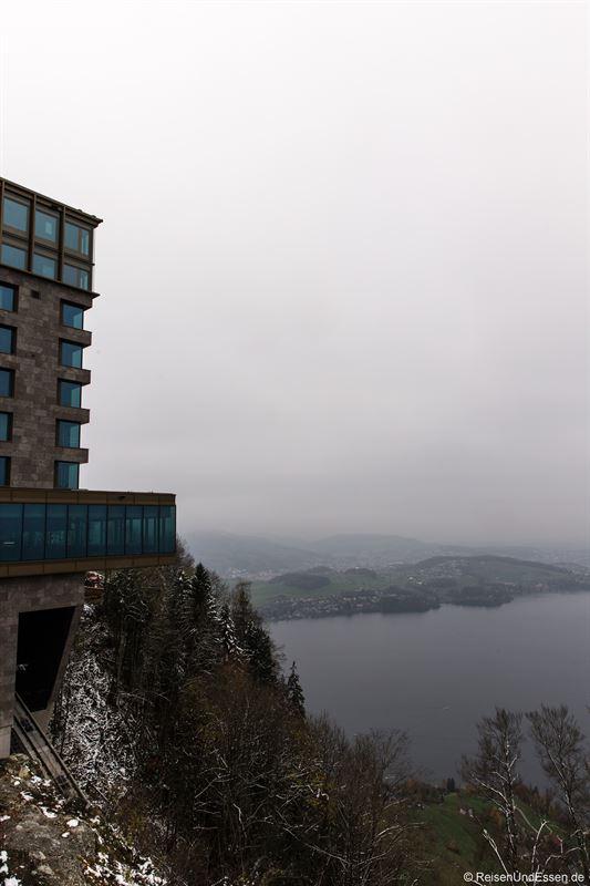 Blick auf Bürgenstock Resort und Vierwaldstädter See