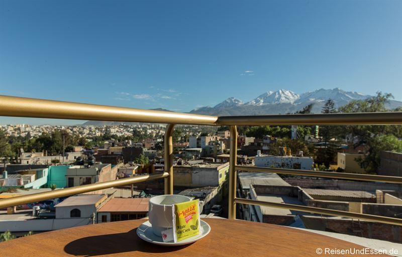 Blick von der Dachterrasse des Hotels Fundador in Arequipa