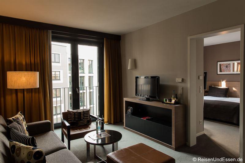 Wohnrbereich im Adina Apartment Hotel Berlin Mitte
