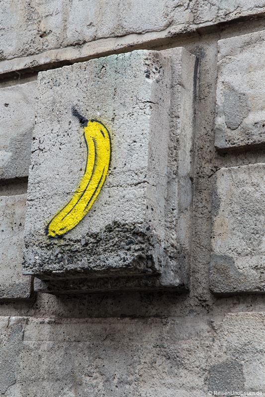 Graffiti am Bunker in Berlin Mitte