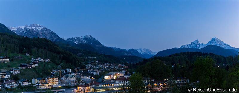 Blick am Abend vom Hotel Bavaria in Berchtesgaden