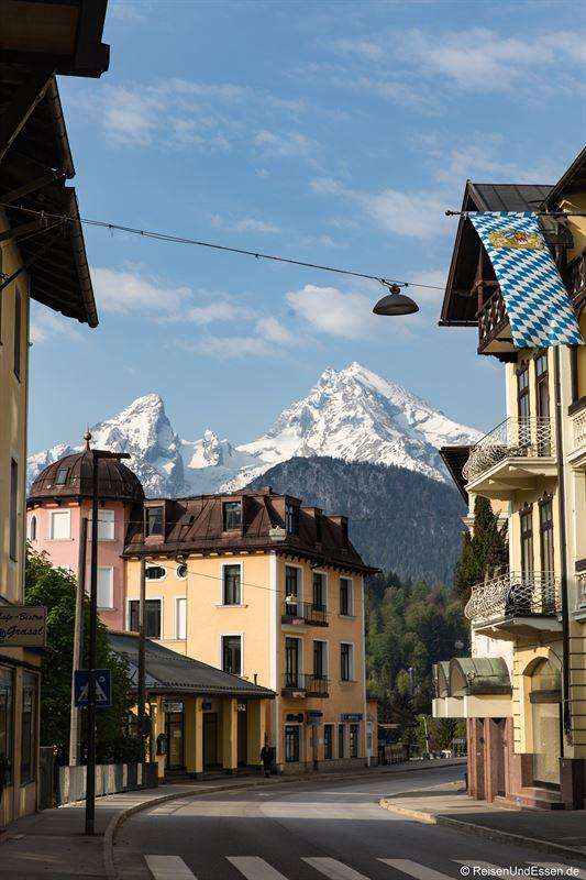 Berchtesgaden und Blick auf Watzmann