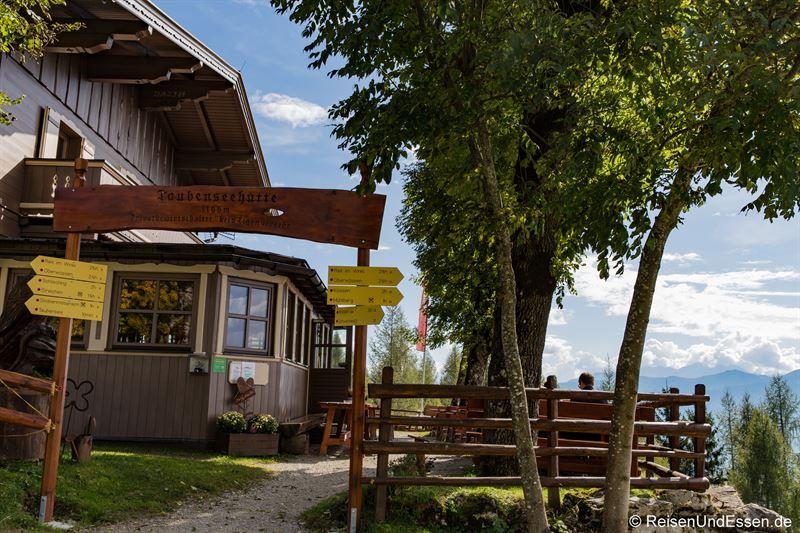 Taubenseehütte im Kaiserwinkl