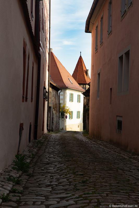 Gasse mit Kopfsteinpflaster in Prichenstadt