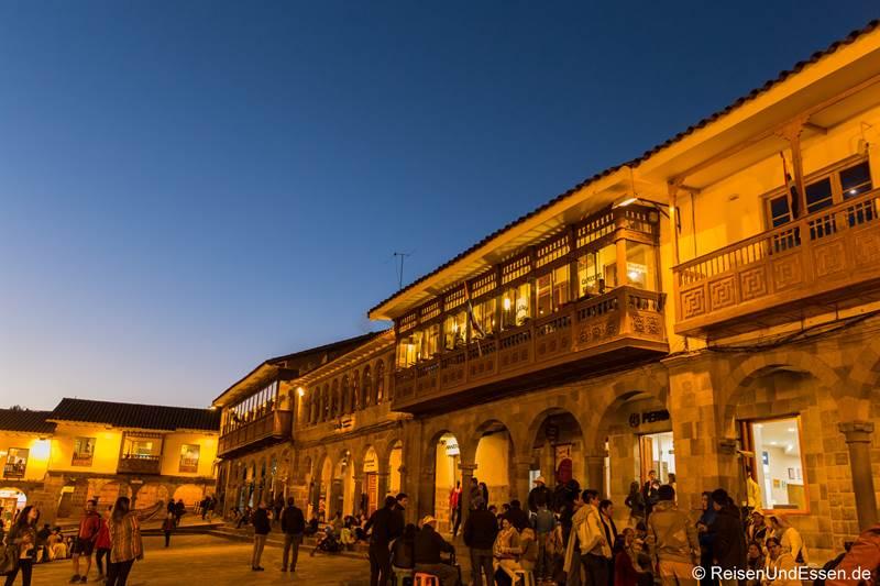 Plaza Mayor in Cusco bei Nacht