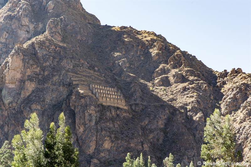 Inkaruinen am Berg in Ollantaytambo