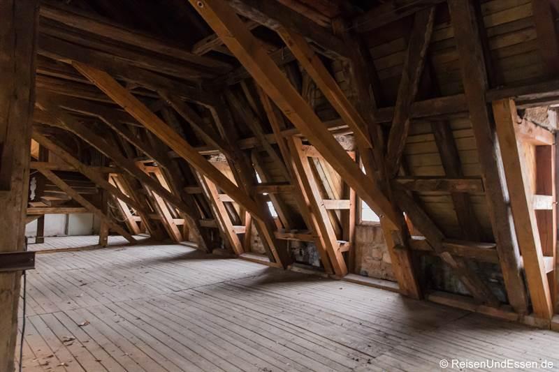 Dachboden über dem Apollosaal vom Martitm Hotel Fulda