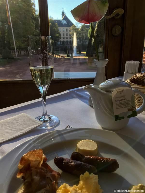 Frühstück mit Aussicht und Sekt im Maritim Hotel Fulda