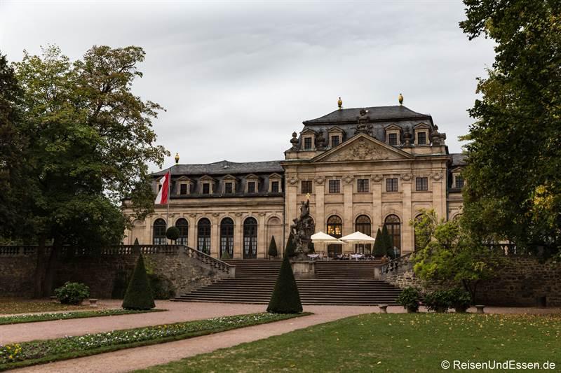 Blick vom Schlossgarten auf die Orangerie vom Maritim Hotel Fulda