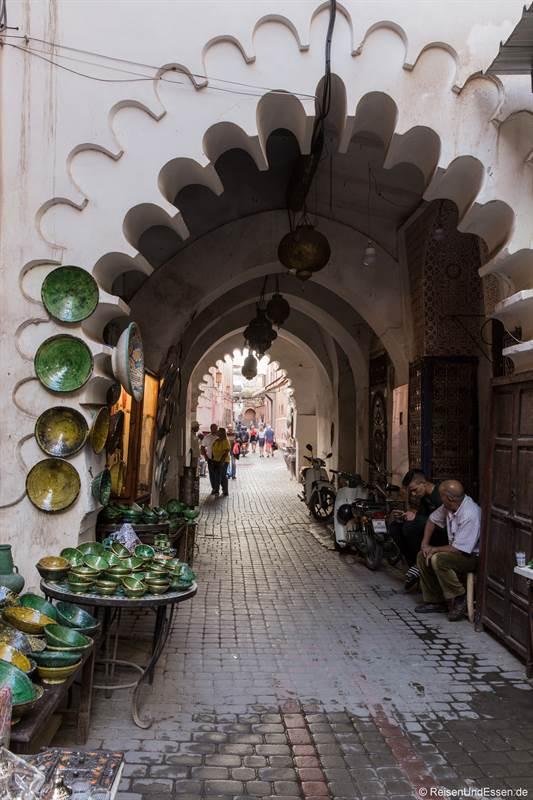 Tor in den Souks von Marrakesch