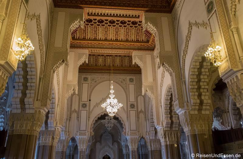 Innenansicht der Hassan II Moschee in Casablanca